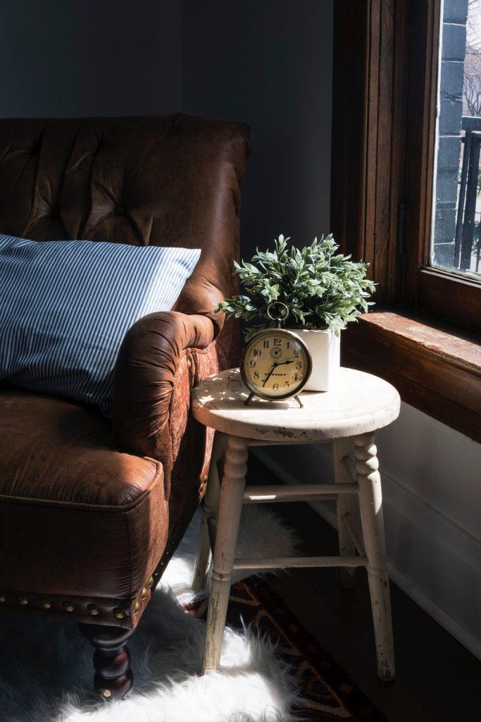 Choisir un fauteuil Chesterfield en cuir : pour quelles raisons ?